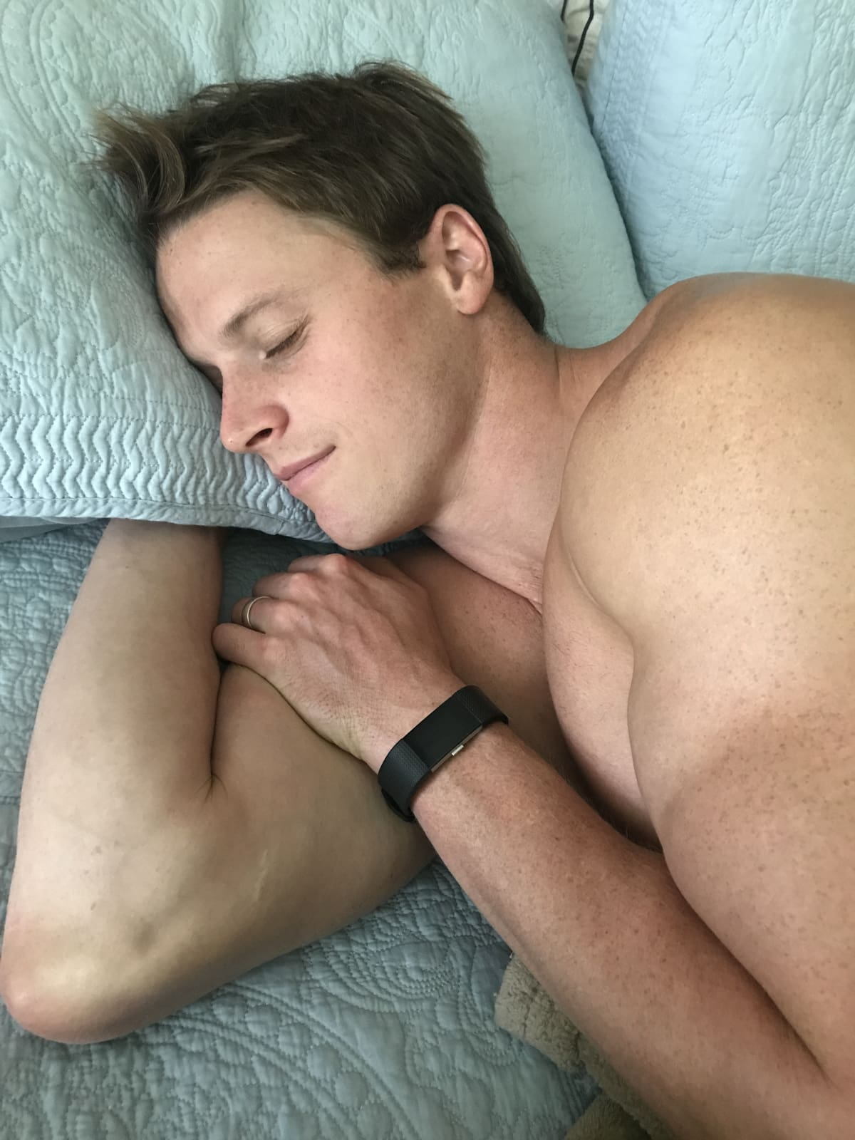 Why Sleep is Crucial to Build Muscle